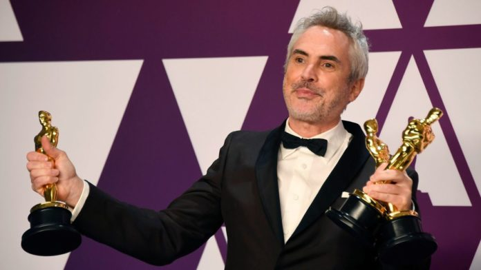 Alfonso Cuarón is taking his Oscars to Apple TV+ – The A.V. Club